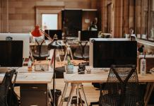 De voordelen van een zit-sta bureau voor je gezondheid
