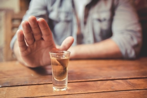 Wanneer drink je teveel 8 tips om een alcoholverslaving te herkennen